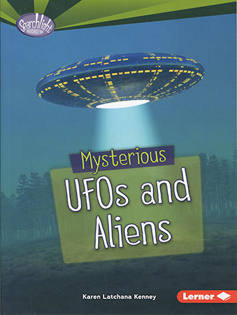 Buy Fear Fest: Mysterious UFOs and Aliens from Daintree Books